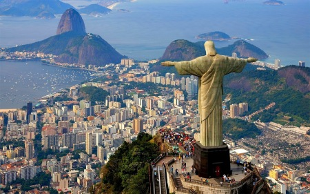 statue-of-jesus-in-rio-de-janeiro